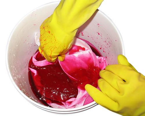 Prepare dye bath
