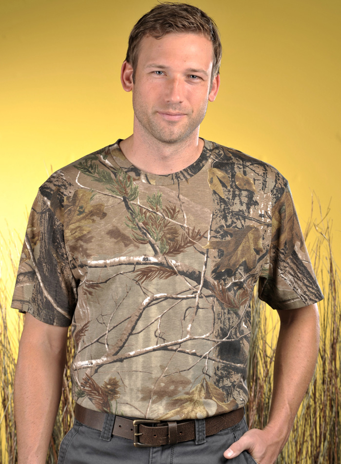 2eae5353 Adult Officially Licensed Realtree Camouflage Short Sleeve T-shirt ...