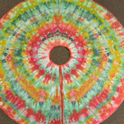 Ice Dyed Christmas Tree Skirt